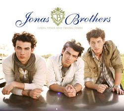 Vinci l'album autografato dei Jonas Brothers! Cover_Lines_Vi_rsz_advertorial